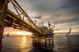 oil rig platform - crude energy